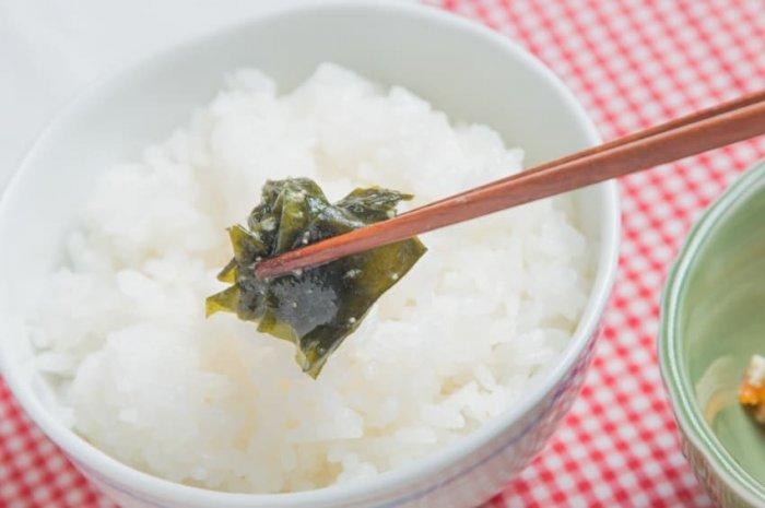 ウェルネスダイニング 豚肉と玉ねぎの味噌炒め13