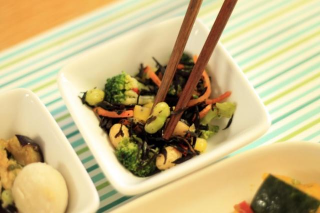 おまかせ健康三彩 豆腐ハンバーグきのこソース11