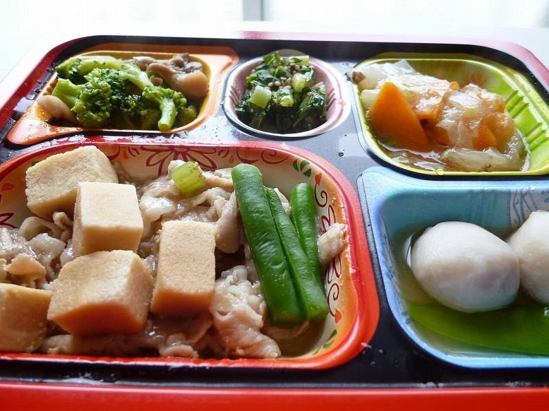 食宅便 豚肉と高野豆腐の煮物10