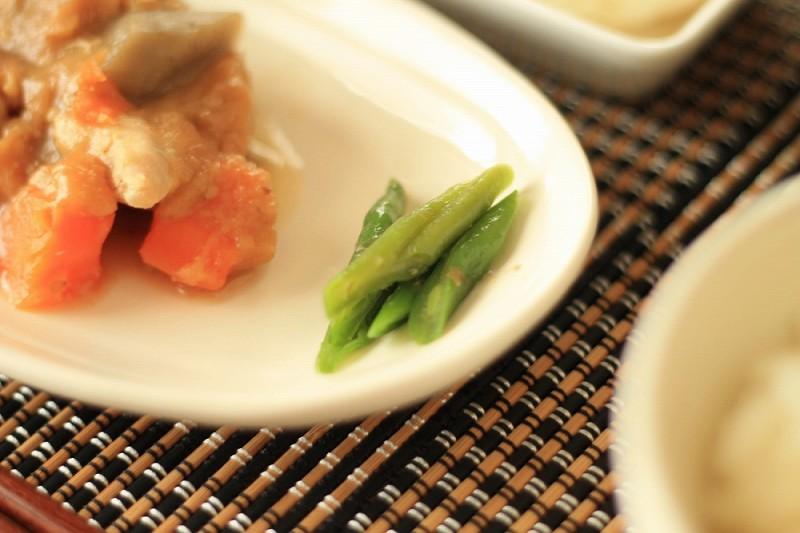 食宅便 鶏肉の胡麻味噌煮14