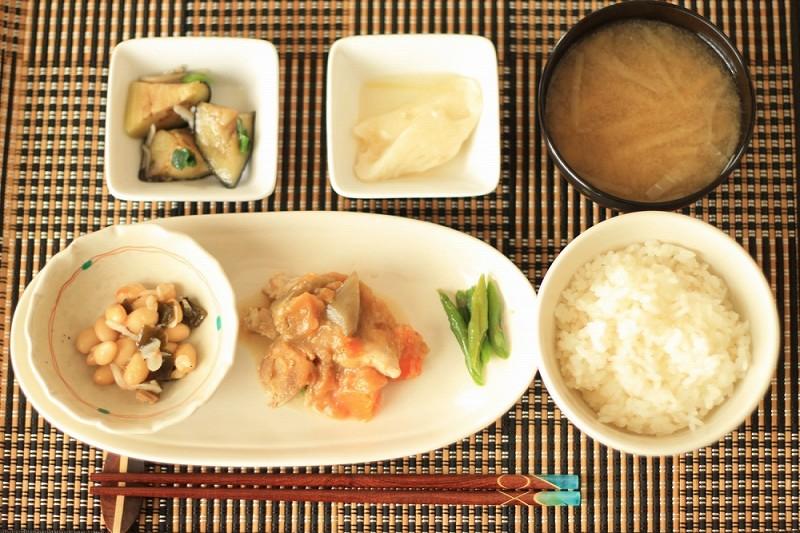 食宅便 鶏肉の胡麻味噌煮20
