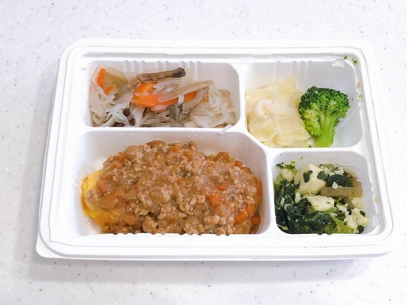 ウェルネスダイニング 肉味噌オムレツ4